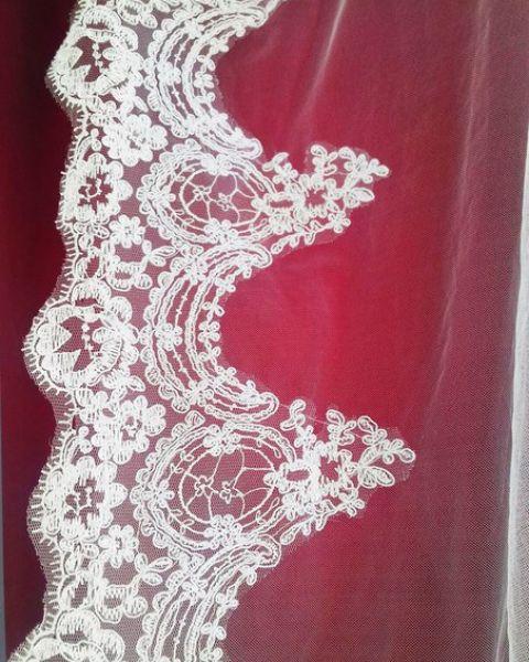 Свадебная Фата с крупным кружевом
