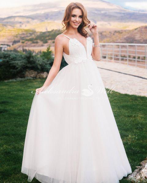 Свадебное платье из новой коллекции 2019